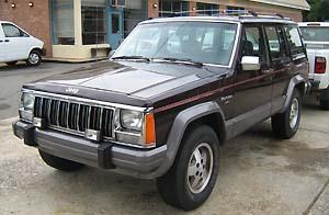 Jeep_Cherokee_XJ_4D_Laredo_burgundy_SOP_fl.jpg