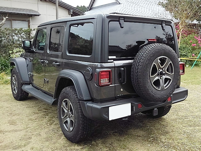 jeep-jl-wrangler-japan3.JPG
