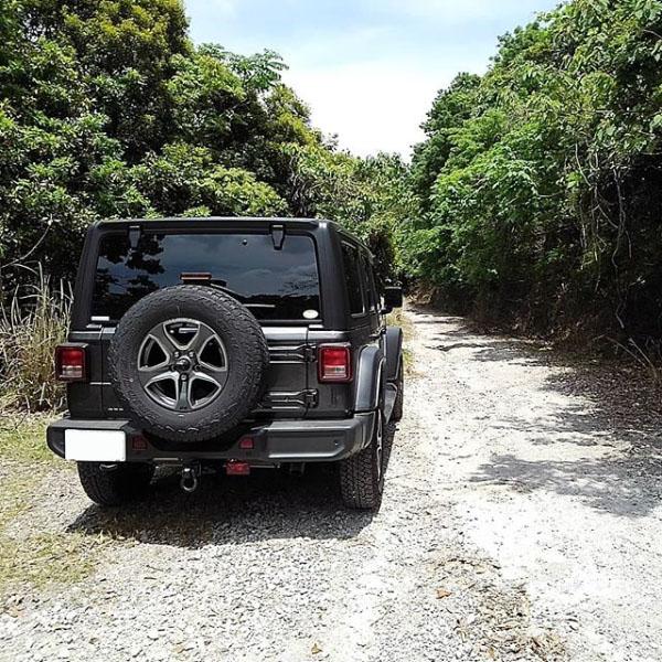 jl-jeep4.jpg